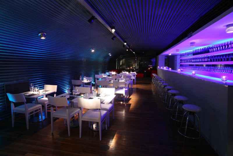 Restaurante sabbia gastronomia en punta del este - Decoracion bares modernos ...